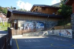 cour de l'école primaire à côté de l'ESF